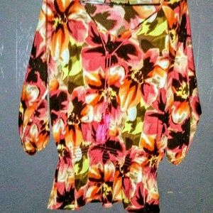 🌅Art and Soul Beautiful Blouse Size L